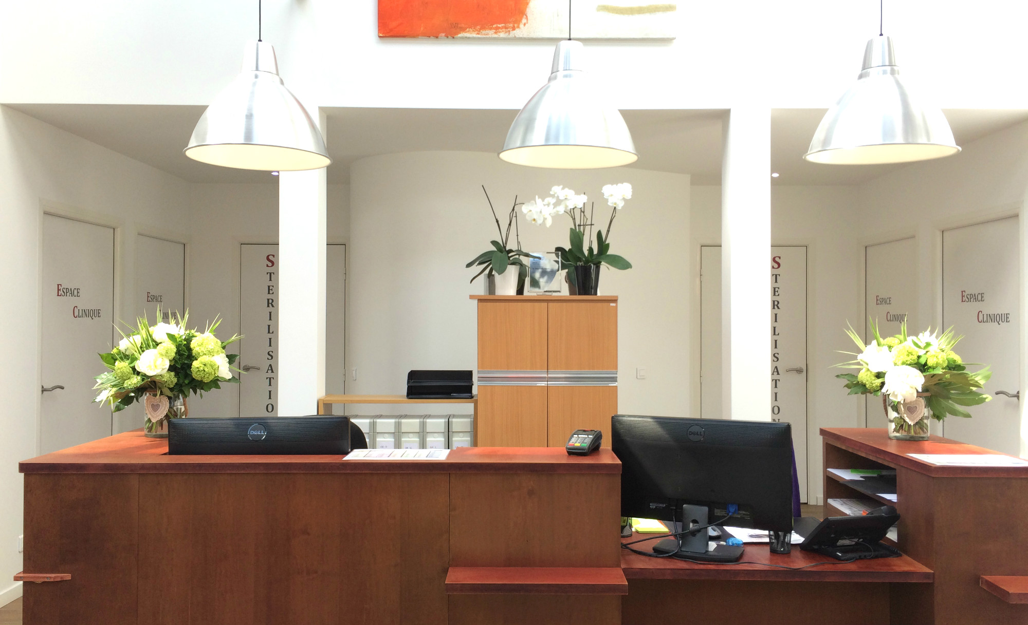 Le hall d'accueil du cabinet d'orthodontie invisible du Dr Pierson à Meudon